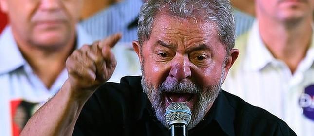 Ex-presidente Lula em Campo Limpo Paulista (SP) (Foto: Ivan Pacheco / Veja)