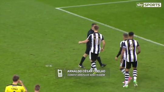"Arnaldo comenta sobre erro de árbitro em pênalti na Inglaterra: ""Bagunça"""