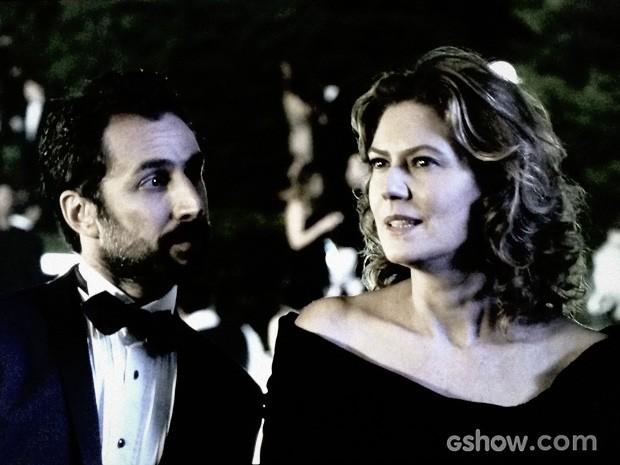 Angela conversa com Stefano (Foto: O Rebu / TV Globo)