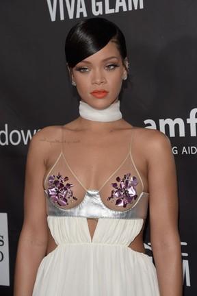 Rihanna em evento em Los Angeles, nos Estados Unidos (Foto: Jason Kempin/ Getty Images/ AFP)