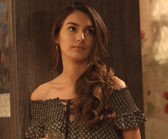 Luciana diz aos pais que vai esclarecer tudo com Lívia (Foto: TV Globo)