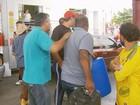Bloqueio de caminhoneiros já traz problemas de abastecimento em MG