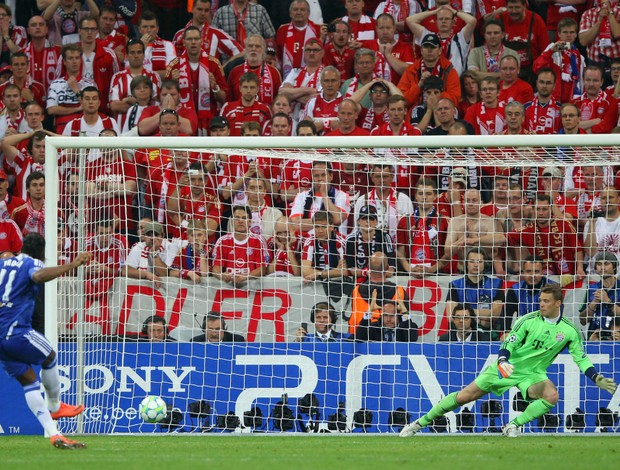 Drogba pênalti Chelsea Bayern (Foto: Getty Images)