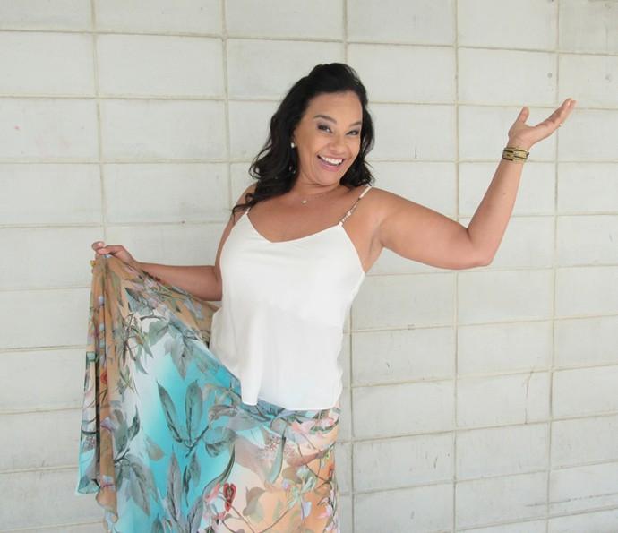Solange Couto posa nos bastidores do Encontro (Foto: Monique Arruda/Gshow)