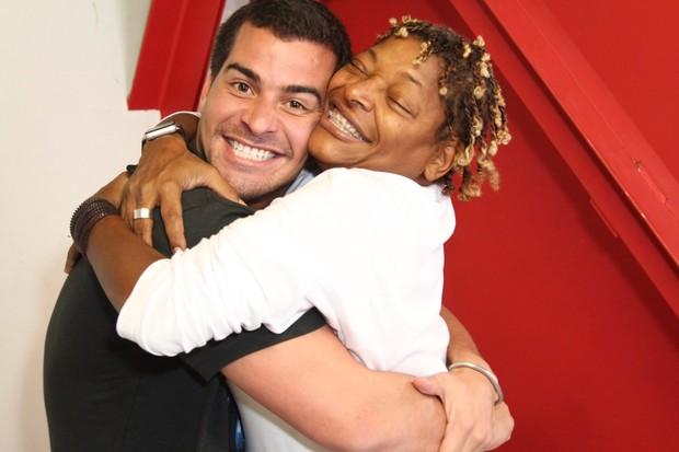 Thiago Martins e Mart'nália (Foto: Anderson Borde / AgNews)