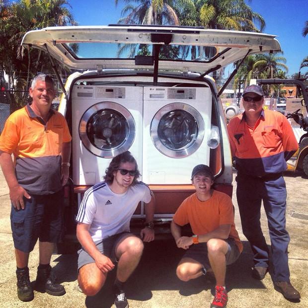 Van para lavagem de roupas (Foto: Orange Sky Laundry/Divulgação)