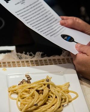 Espaguete ao molho de pancetta  (Foto: Marcia Evangelista/Editora Globo)