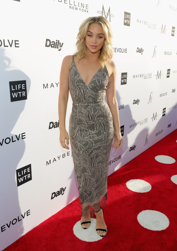 Jasmine Sanders no Los Angeles Fashion Awards (Foto: AFP)