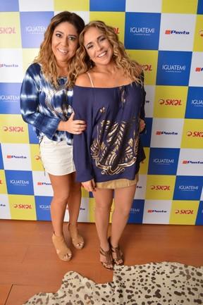 Daniela Mercury e Malu Verçosa em show em Salvador, na Bahia (Foto: Felipe Souto Maior/ Ag. News)