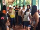 Servidores ocupam prefeitura para cobrar salários atrasados em Belterra