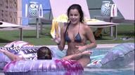 Assista aos vídeos de Vivian, participante do BBB17