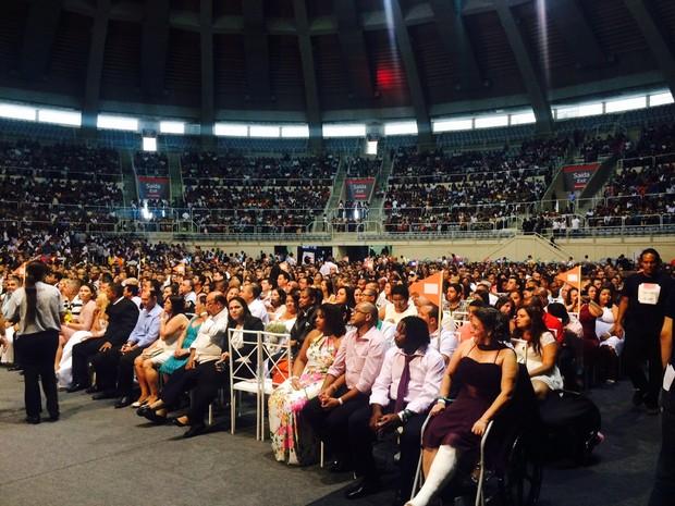 Maracanãzinho reúne cerca de 12 mil pessoas (Foto: Lívia Torres/G1)
