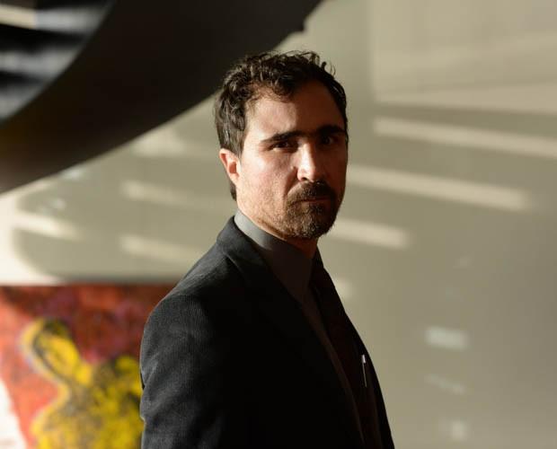 João Miguel interpreta Hugo em 'Felizes' (Foto: Zé Paulo Cardeal / TV Globo)