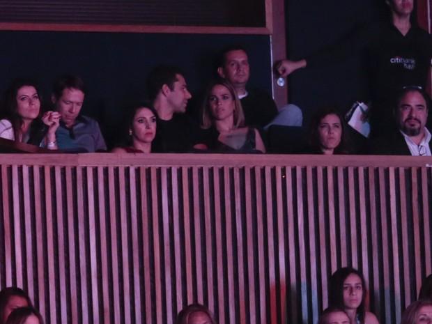 Wanessa e o marido, Marcus Buaiz, em show em São Paulo (Foto: Rafael Cusato/ Foto Rio News)