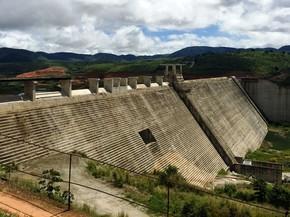 Barragem de Serro Azul deverá abastecer dez municípios do Agreste de PE (Foto: Divulgação/Compesa)