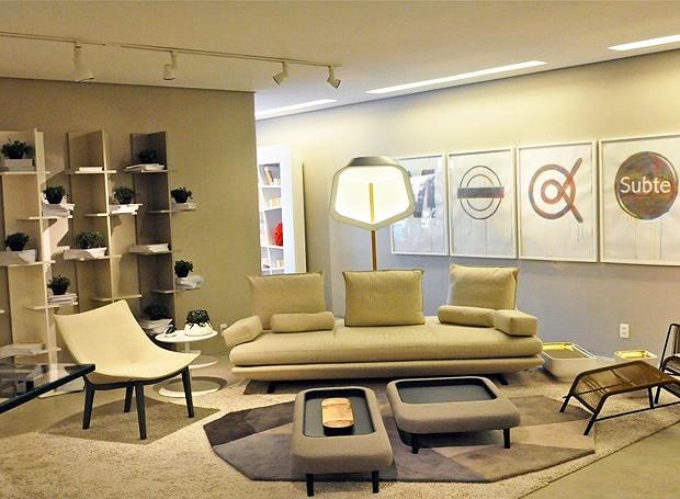 ligne roset promove mostra de decora o casa e jardim decora o. Black Bedroom Furniture Sets. Home Design Ideas
