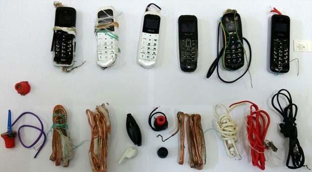 Detentos engoliram microcelulares, fios, fones de ouvido e droga (Foto: Cedida)