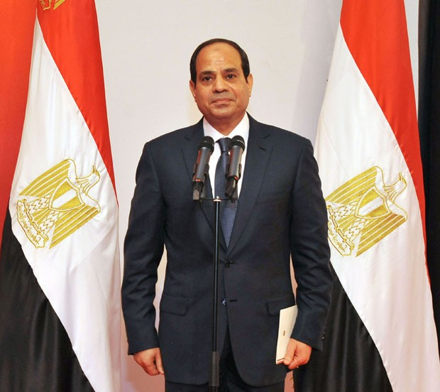 Abdel Fattah al-Sisi toma posse como novo presidente do Egito na Suprema Corte Constitucional do Cairo neste domingo (8) ( (Foto: The Egyptian Presidency/Reuters)