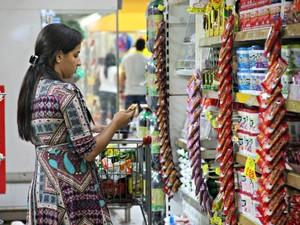 Inflação deixa consumidor mais cauteloso na hora das compras (Foto: Suelen Gonçalves/G1 AM)