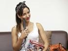 Meninas do The Voice Brasil abrem a bolsa e revelam alguns segredinhos