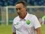 Roberto Fonseca pede mais calma aos atletas após segunda queda do Cuiabá