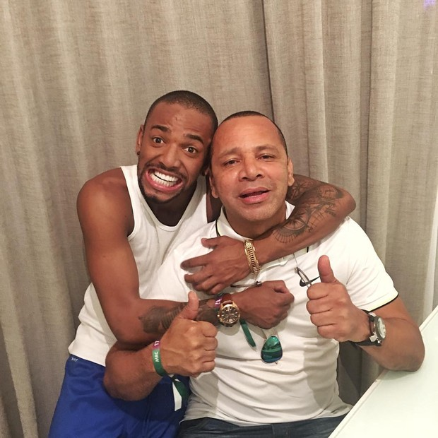 Nego do Borel com Neymar Pai (Foto: Instagram / Reprodução)