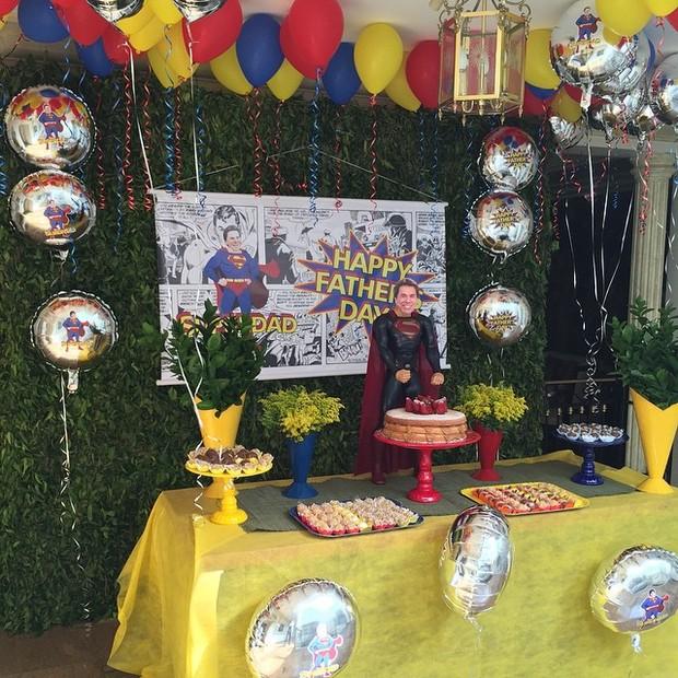 Decoração da festa de Dia dos Pais da famílai de Silvio Santos (Foto: Reprodução/Instagram)