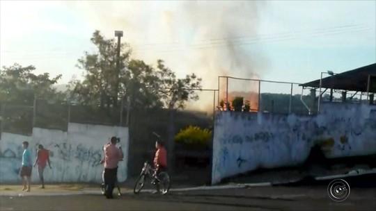 Aulas são suspensas após incêndio atingir parte de escola em Marília