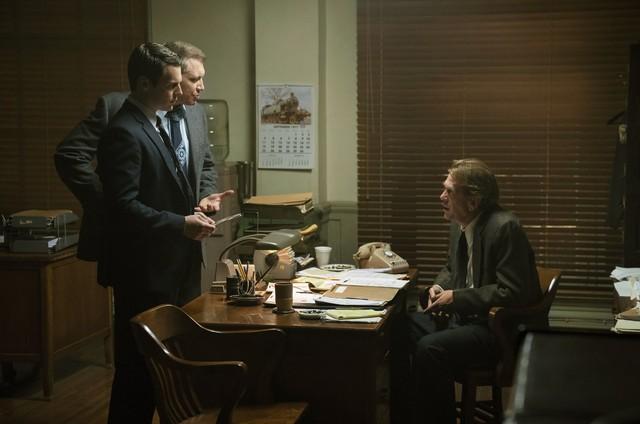 Holt McCallany, Jonathan Groff e Thomas Francis Murphy em 'Mindhunter' (Foto: Patrick Harbron/Netflix)