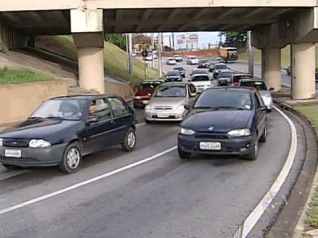 Sorocaba tem dois veículos para cada três pessoas (Foto: Reprodução/TV Tem)