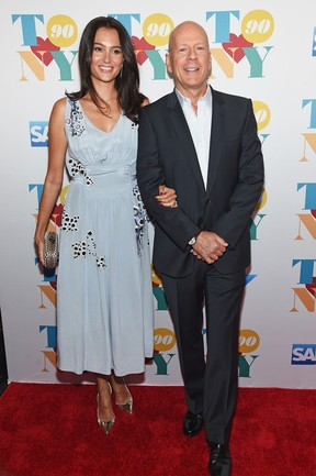 Emma Heming e Bruce Willis em festa em Nova York, nos Estados Unidos (Foto: Jamie McCarthy/ Getty Images/ AFP)