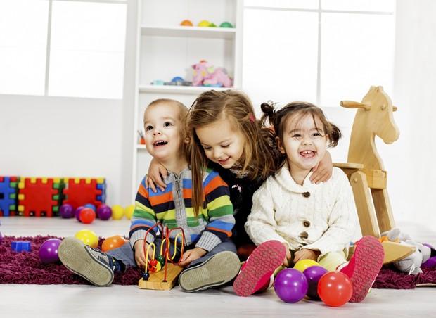 Crianças brincando (Foto: Thinkstock)