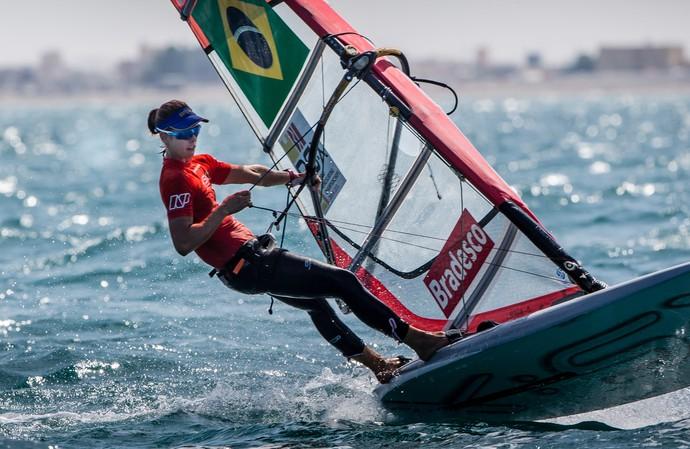 Patrícia Freitas no Mundial de Vela de RS:X de Omã (Foto: Jesus Renedo/Sailing Energy )