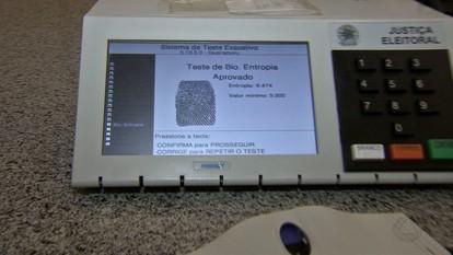 Quase 100 mil eleitores não fizeram o cadastramento biométricos em MT