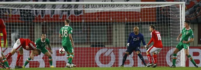 Marc Jank Áustria x Irlanda (Foto: Reuters)