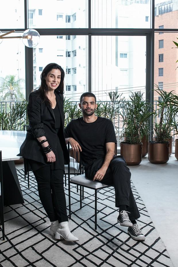 Raquel Davidowicz e Vitorino Campos falam sobre arte e arquitetura na moda (Foto: Deco Cury)