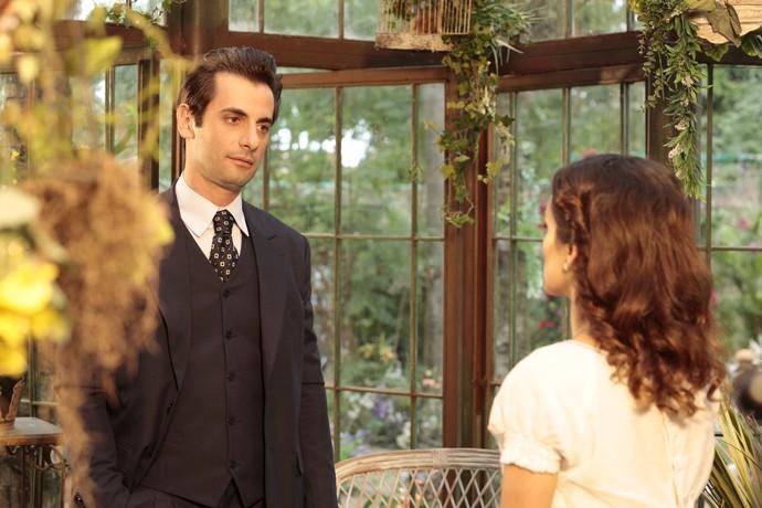 Maria não acredita em Maria e manda embora (Foto: TV Globo)