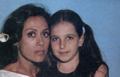 Monique, então, foi realocada para a novela 'Os gigantes', em que interpretava Paloma (Dina Sfat) na fase jovem Reprodução