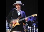 Bob Dylan reconhece Nobel em seu site, mas retira citação em seguida