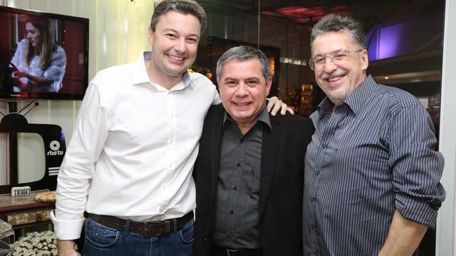 Prefeito de Blumenau, Napoleão Bernardes, Mário Motta e o comentarista Valther Ostermann participaram do evento  (Foto: RBS TV/Divulgação)