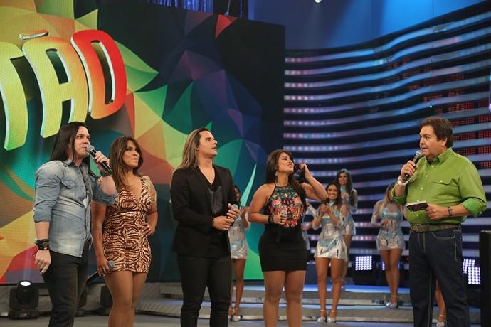 Calcinha Preta levanta a plateia do 'Domingão do Faustão' (Foto: Carol Caminha/Gshow)