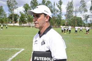 Treinador Márcio Marolla do Mixto (Foto: Robson Boamorte)