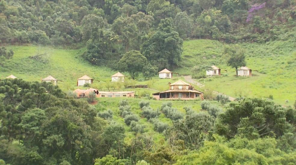 Comunidade está inserida em área de proteção ambiental em Baependi (Foto: Reprodução/EPTV)