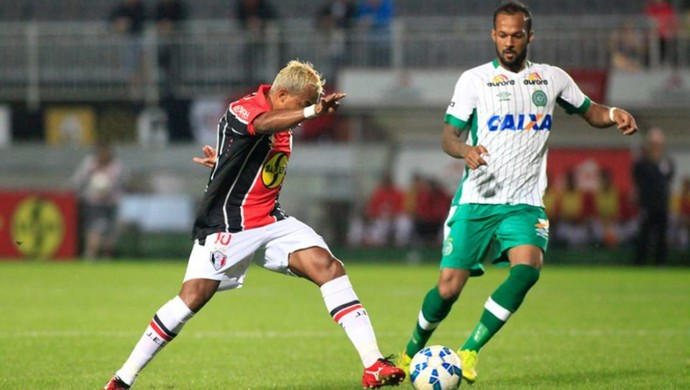 Marcelinho Paraíba Bruno Silva (Foto: Divulgação/Joinville EC)