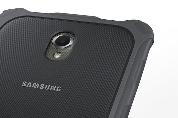 Tablet Galaxy Tab Active possui câmera de 3.1 megapixels (Foto: Divulgação/Samsung)