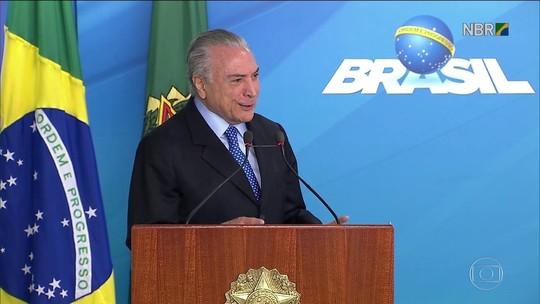 Temer nomeia novo ministro da Cultura e diz que 'Brasil não parou'