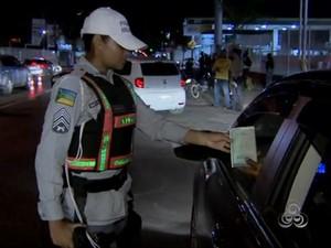 Condução sem CNH e alteração em veículos são as infrações mais encontradas (Foto: Reprodução/TV Amapá)