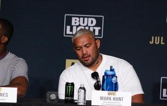 """Curtinhas: """"Não se importam com ninguém"""", diz Hunt sobre o UFC"""
