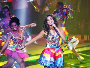 Na Semifinal do The Voice Brasil, Lucy Alves canta música de Gal Costa (Foto: Fabiano Battaglin/TV Globo)