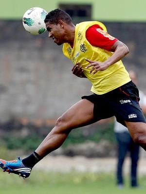 Cleber Santana no treino do Flamengo (Foto: Jorge William / Ag. O Globo)